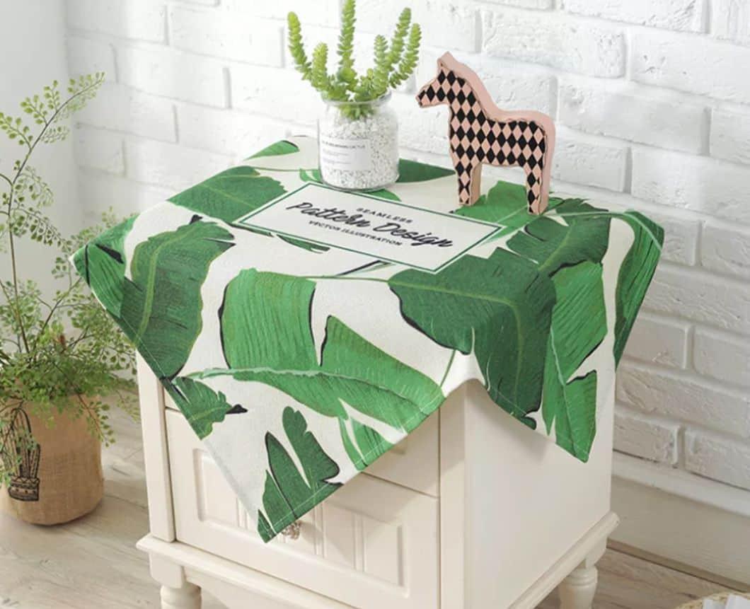 khăn phủ tủ đầu giường