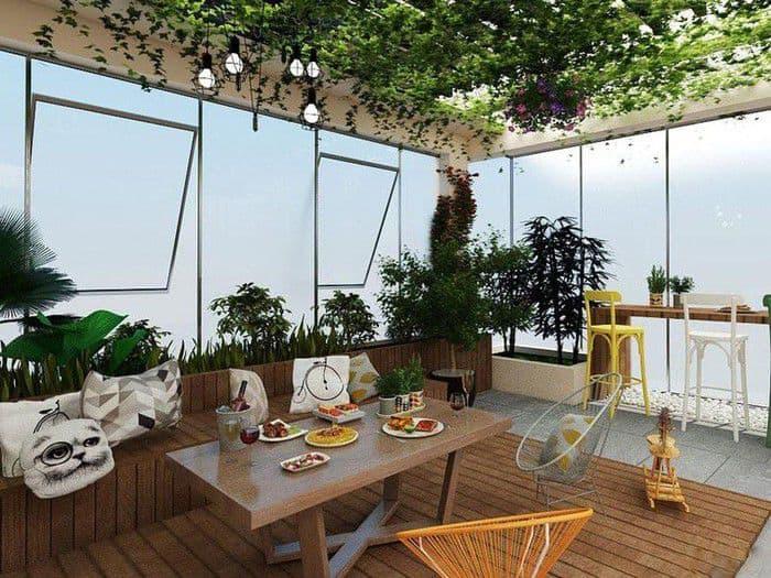 Sân thượng được thiết kế là góc thư giãn cho gia đình.