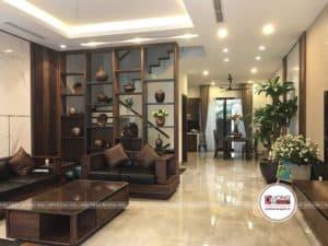Kệ trang trí bằng gỗ của phòng khách
