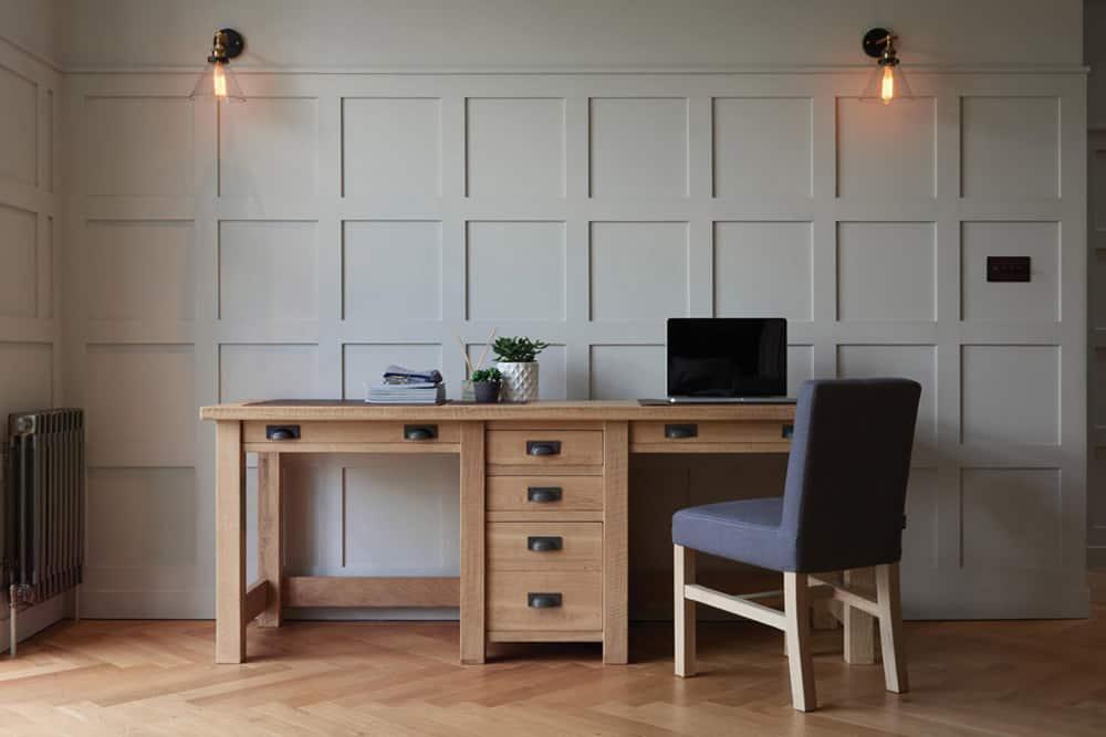 Thiết kế mẫu bàn tiện nghi có tủ đựng