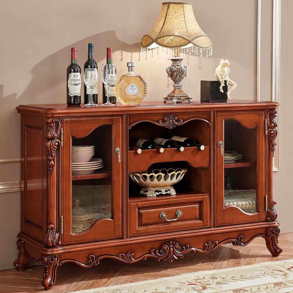 Tủ rượu nhỏ gọn với thiết kế tân cổ điển cho phòng khách diện tích nhỏ